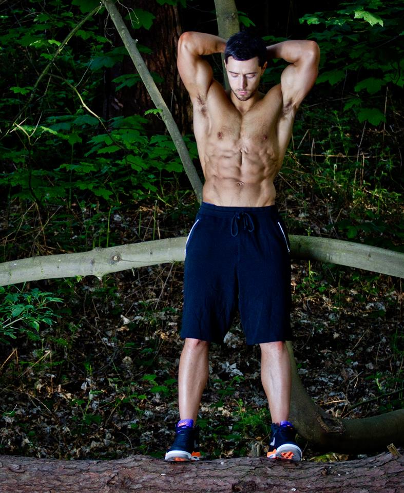 The Real way to get Six-Pack Abs - Powerhouse Fitness Experts 10 Pack Abs Real